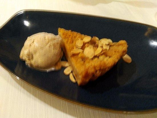escape restaurant lounge desert cinnamon ice cream was great