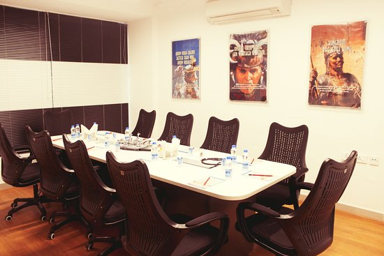 Seater Meeting Room Kalam Picture Of Whiteboard Cafe - 12 seater conference table