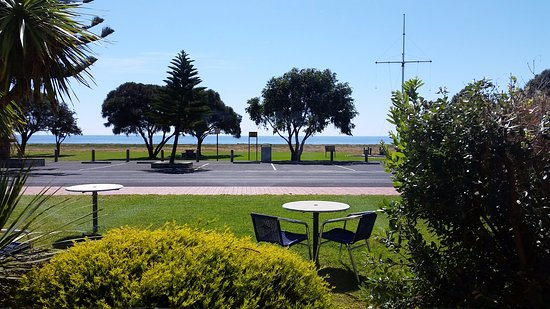 Kingston SE, Australia: View from dining room