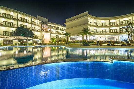 Night view at the pool side