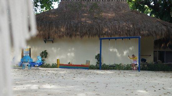 Bluewater Maribago Beach Resort Resmi