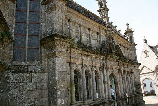 Saint-Thegonnec, France: Facciata