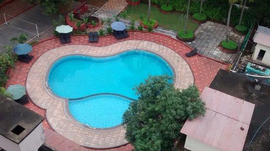 Karwar - Emerald Bay, A Sterling Holidays Resort: Swimming Pool