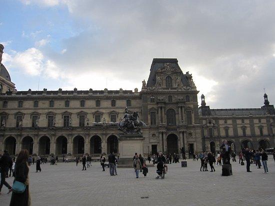 Ultimate Paris Guide  Tours: photo8.jpg