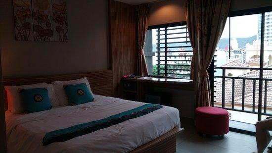 WE Hotel at Sansabai Bild