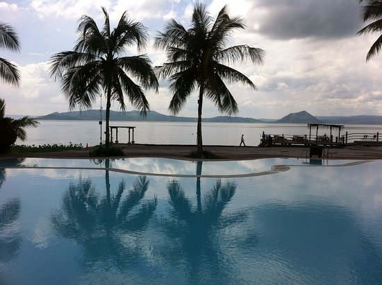 Club Balai Isabel: pool at restaurant and beach areas