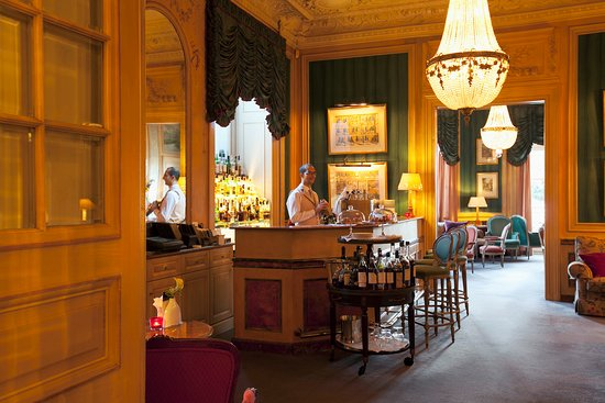 image Le Bar de Beau-Rivage sur Genève