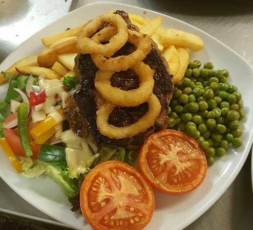 Winchelsea, UK: Steak and Chips
