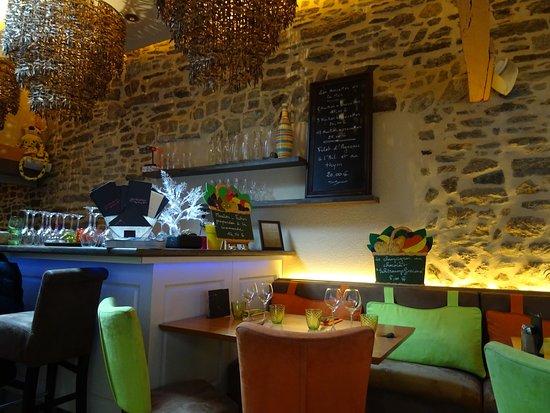 Salle de restaurant - Picture of Le Jardin d\'Ete, Quimper - TripAdvisor