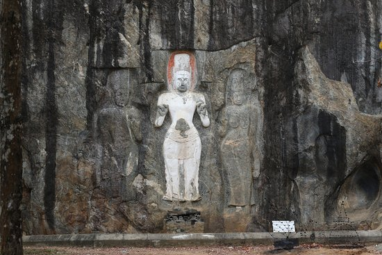 Uva Province, Sri Lanka: Statues