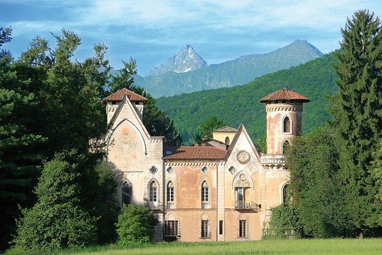 San Secondo di Pinerolo, Castello di Miradolo  (www.tripadvisor.it)