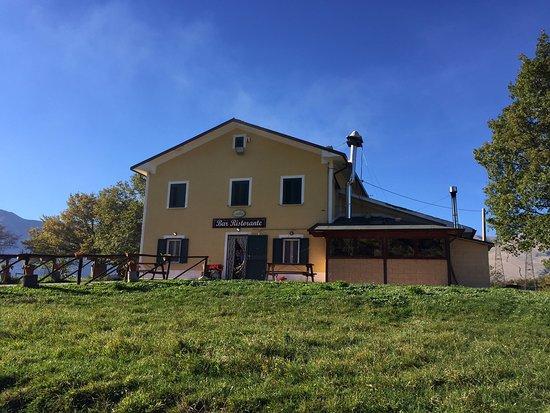 Lettopalena, Ιταλία: Esterno ristorante