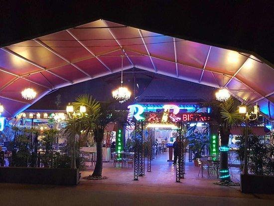 What to Eat at Gelang Patah (Near LEGOLAND Malaysia)