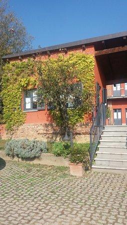 Le Serre Suites & Apartments: Entrata residence