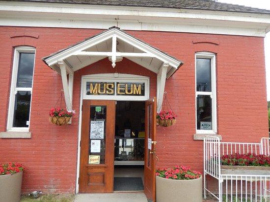 Clinton, Kanada: Het museum