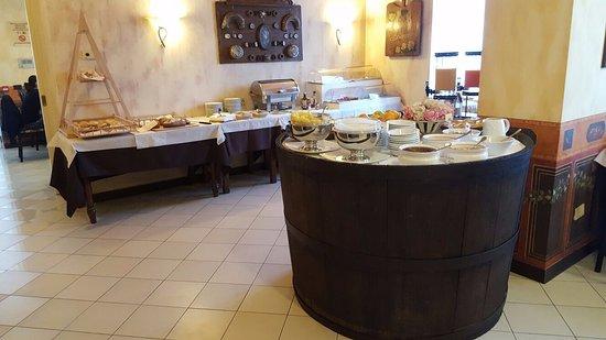 Hotel Benaco: colazione a buffet