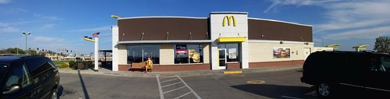 McDonald's, Business Hwy 36 West, Chillicothe, MO, Oct 2016