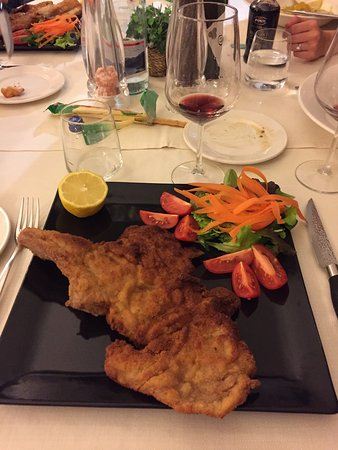 Sala Comacina, Italy: Breaded Veal Cutlet