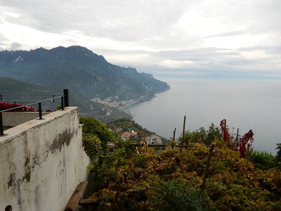 Graal Hotel Ravello: Weather is variable in October.