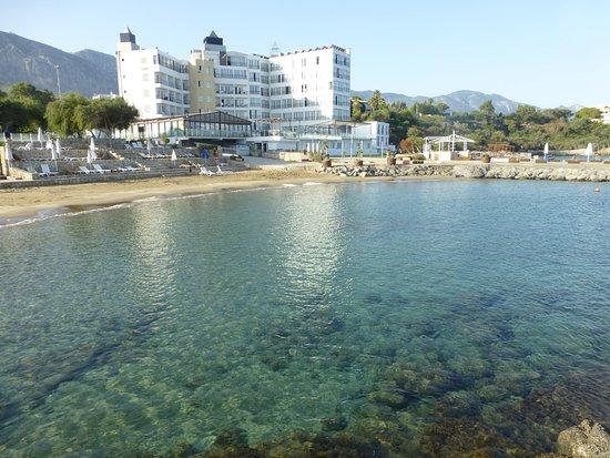 Foto de Ada Beach Hotel