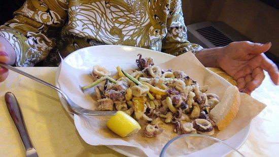 Cantonmezzo: fritto di calamari e zucchine