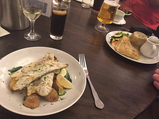Linslade, UK: Seabass Fillets and Beef and Mushroom Pudding!!