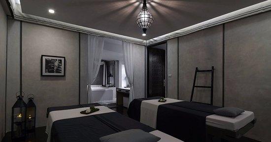 Treasure by Leyana Spa: Treatment room for couples Treasure Spa Thonglor
