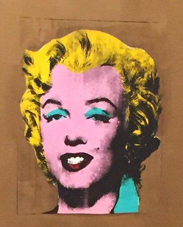 """MoMA PS1: Warhol """" Marilyn """""""