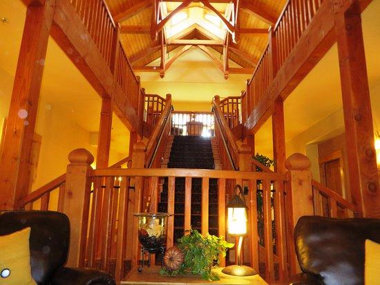 Niwot Inn & Spa: staircase