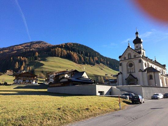 Innervillgraten, Austria: La zona vicino la Pensione