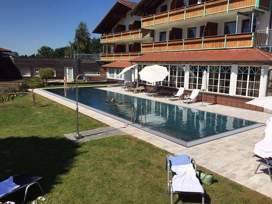 ausblick vom balkon billede af hotel lindenwirt drachselsried tripadvisor. Black Bedroom Furniture Sets. Home Design Ideas