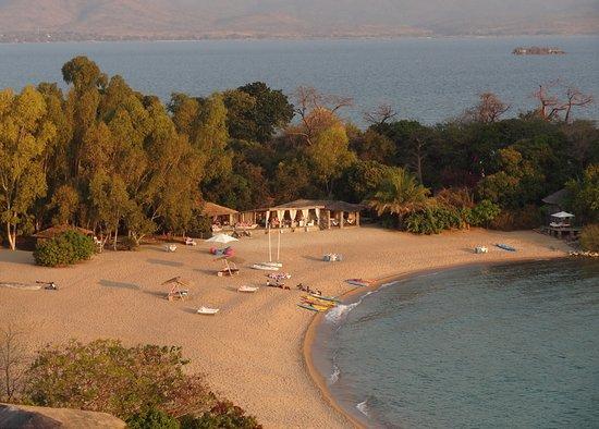 Kaya Mawa: Zum Sundowner kurzer Aufstieg auf den angrenzenden Hügel