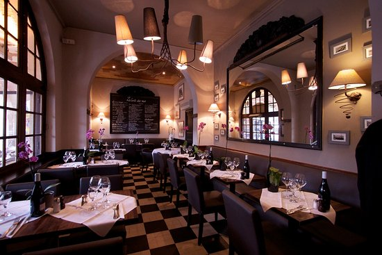 L\'intérieur du restaurant - Picture of la Place Royale, Paris ...