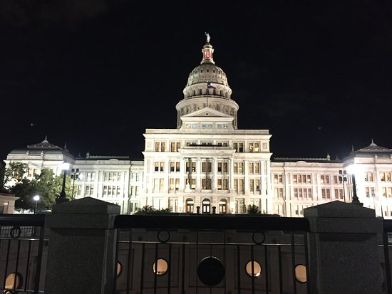 Texas State Capitol at night.