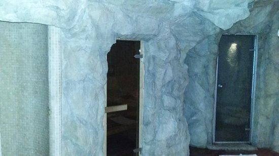 Doccia cervicale, sauna e bagno turco della spa - Picture of Hotel ...