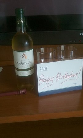 Four Points by Sheraton Miami Beach: Happy birthday to me!!