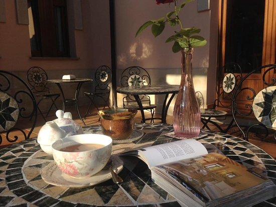 La Pereda, España: Tomando el té en la terraza