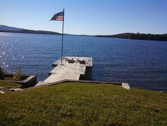 กรีนวิลล์, เมน: Lakeside Cabin Rentals offer easy access to Moosehead Lake Dock and Sandy Beach