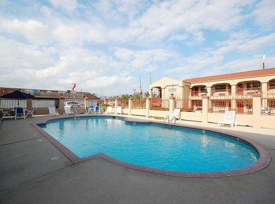 Pool - Picture of Best Western La Place Inn, LaPlace - Tripadvisor