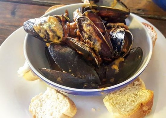 Gore Bay, Canada: Mussels - A huge hit!