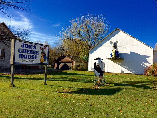 Joe's Cheese House Marinette Wisconsin