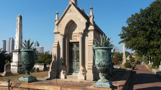Oakland Cemetery Oct. 2016