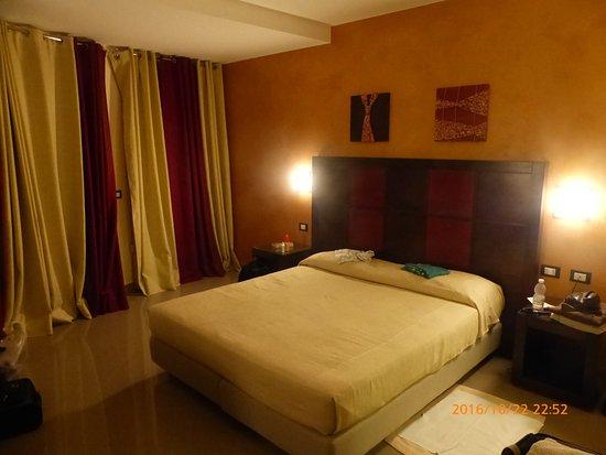 Grand Hotel La Tonnara: Zimmereinrichtung