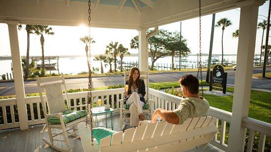 New Smyrna Beach, FL: Night Swan Intracoastal Bed & Breakfast