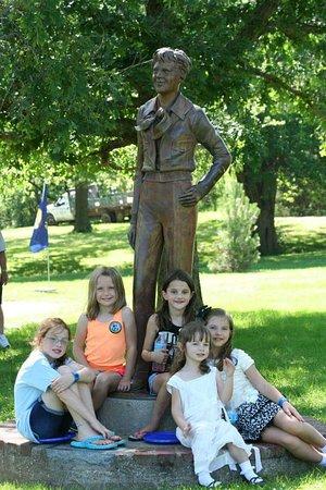 Atchison, KS: Amelia Earhart statue