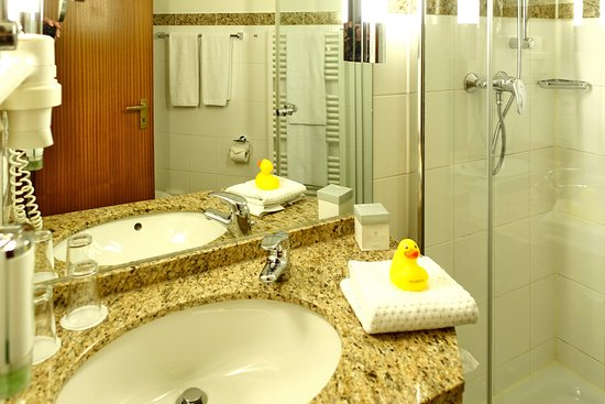 Wellings Romantik Hotel Zur Linde: Blick In Unser Badezimmer