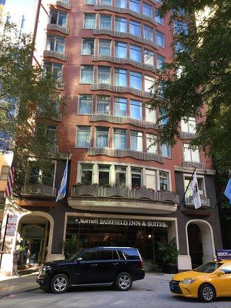 Fairfield Inn & Suites Chicago Downtown/Magnificent Mile: Außenansicht