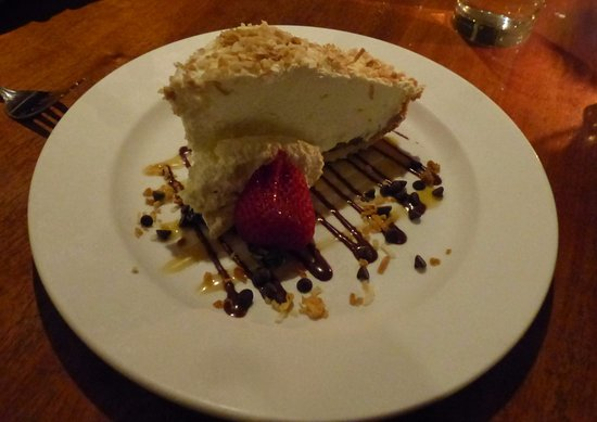 Volcano House: Heavenly Boston Banana Coconut Cream Pie!