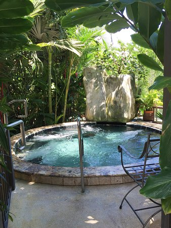 Paradise Hot Springs: Ginger Jacuzzi
