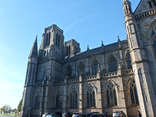 Saint-Andre Cathedral